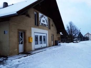 Fruitière sous la neige