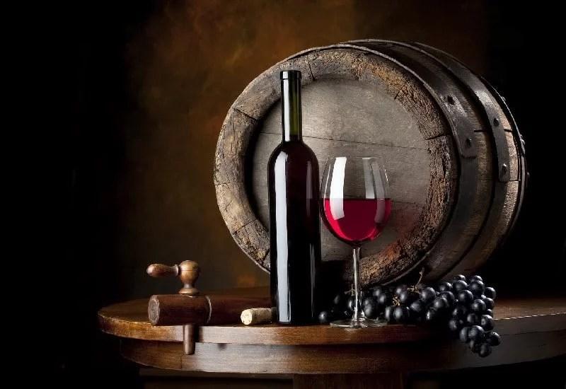 Tonneau de vin rouge