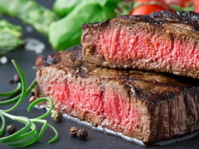 Entrecôte de bœuf sur ardoise