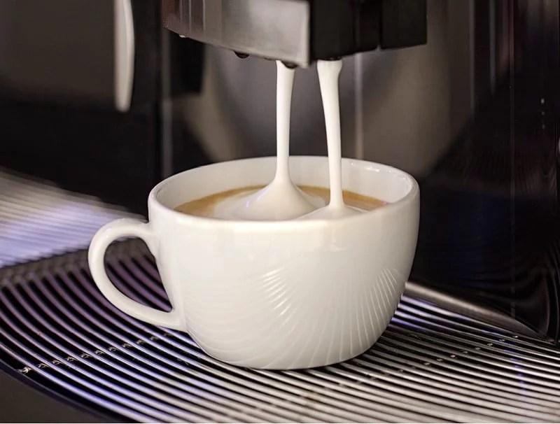 Machine à café cappuccino