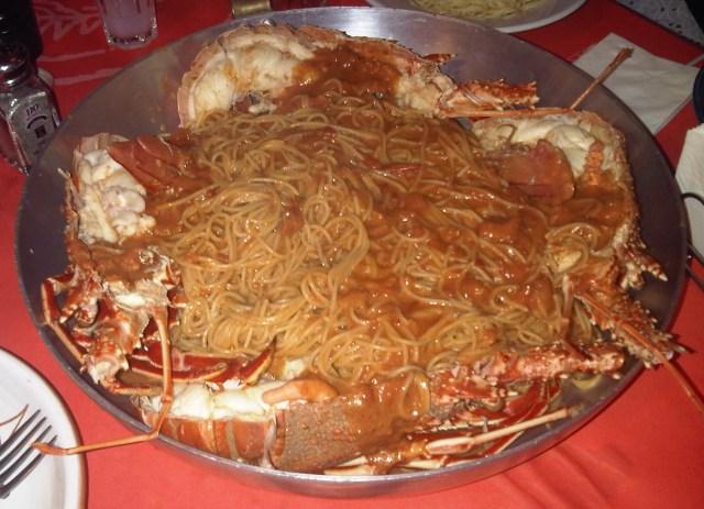 spaghetti con langosta a la griega