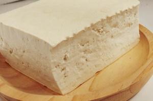 Bloque de tofu duro