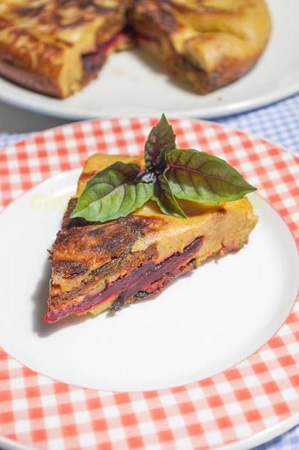 Tortilla vegana con remolacha