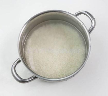 Preparación de arroz japonés