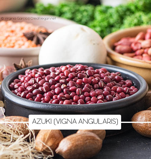 Judías Azuki (Vigna angularis) - Tipos de judías - Cocinar con legumbres - GastronomiaVegana.org