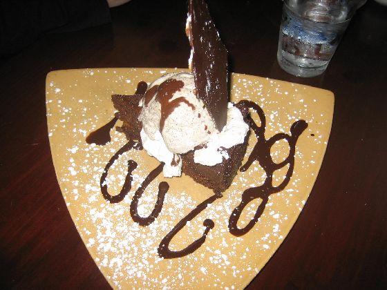 Lugano flourless cake