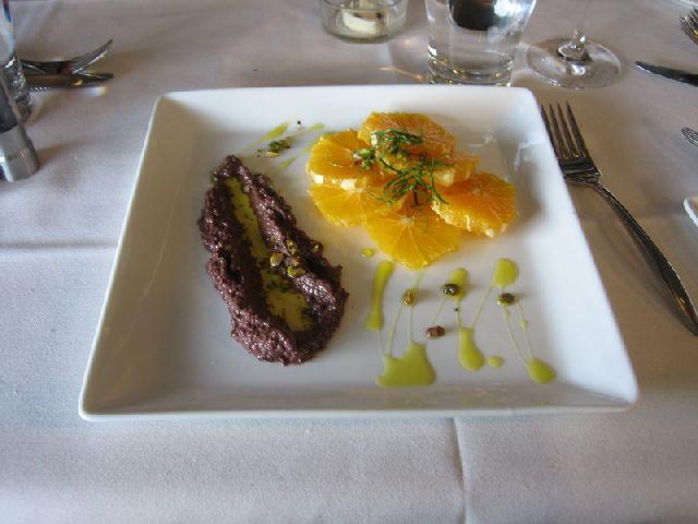 tipica orange salad