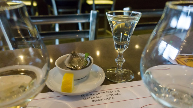 mint cider drink with shigoku oyster