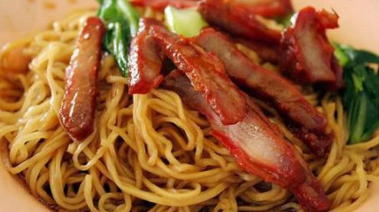 zabb noodles BBQ pork with egg noodle