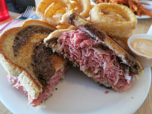penny anns cafe reuben and onion rings