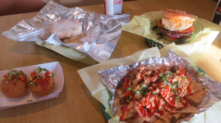 Bumblees BBQ - food from Midvale location