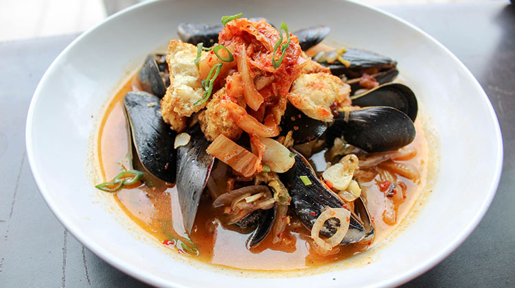 Avenues Proper - mussels with kimchi (Avenues Proper)