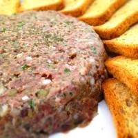 9 platos de carne cruda por el mundo
