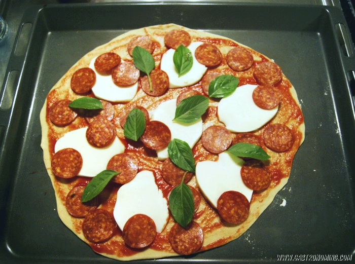 Pizza cláscia de pepperoni