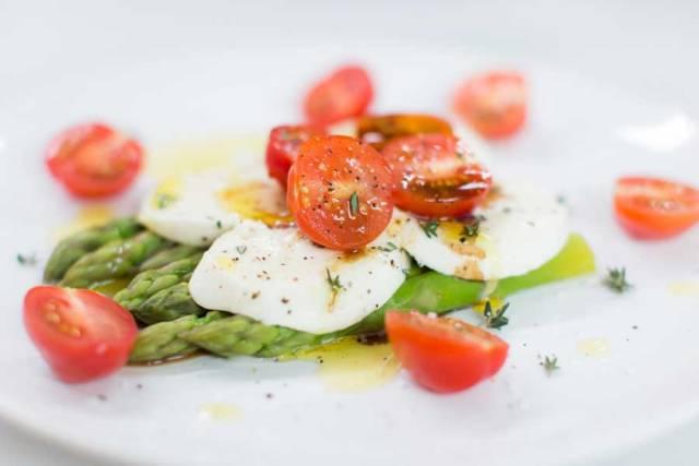 Spargel Tomate Mozzarella Salat Rezept Noan