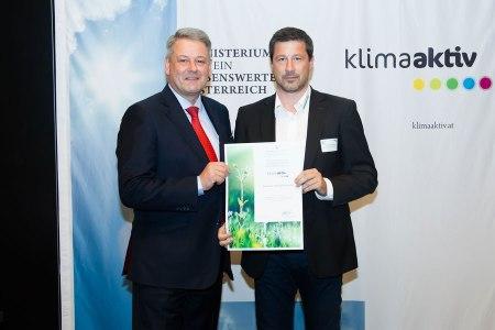 Auszeichnung für Brauerei Baumgartner klimaaktiv J. Madzigon