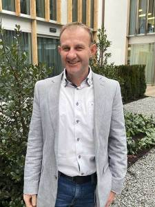 Geschäftsführung Kröswang beginnt das neue Geschäftsjahr mit der Beförderung von Christian Toberer zum Geschäftsführer.