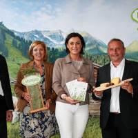 Positives Nachhaltigkeits-Zeugnis für Heumilch