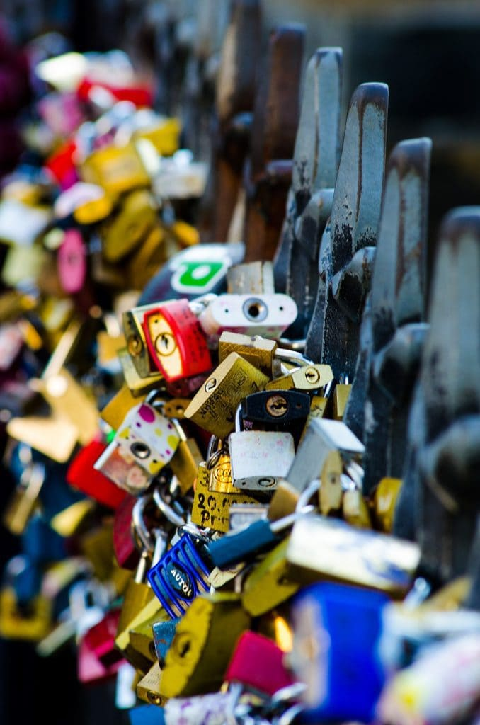 7 best kept secrets in Prague -Discover the secret places in Prague - #prague #pragueczechrepublic #charlesbridge #praha #praguecastle #oldtownprague #czechrepublic #malastrana #dancinghouseprague #catacomab #travel #europe