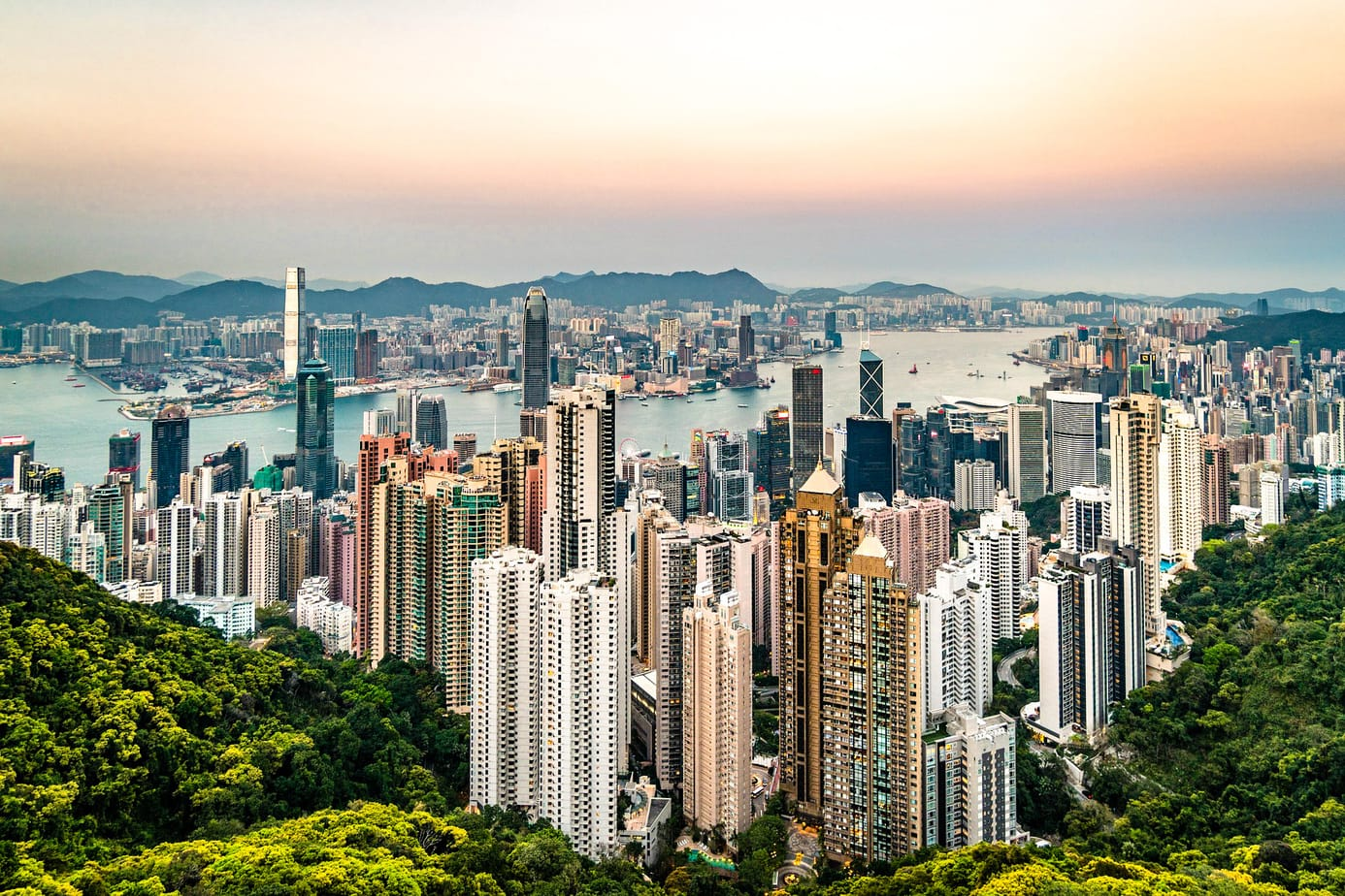 If you are planning a trip to Hong Kong here are 17 tips