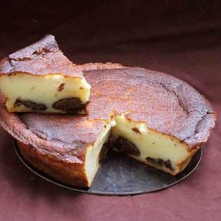 jain-douarnenez-kouign-amann-gateau-breton-chocolats-couleur-cacao-treboul-vente-en-ligne-far-breton-pruneaux