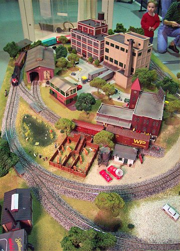 Gateway Central VIII 4x6Foot Small HO Scale Model