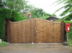 8 Ft Wooden Gates