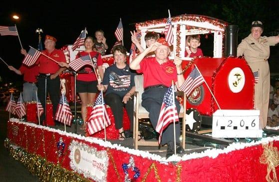 Gatlinburg 4th of July Midnight Parade and Fireworks 2017