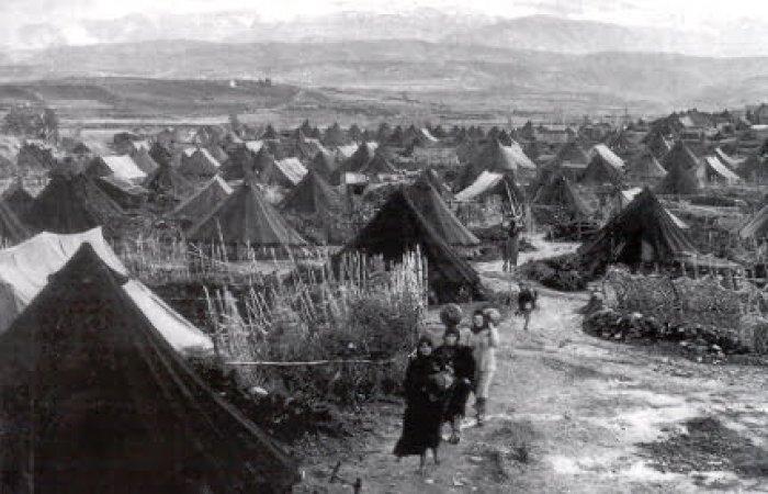 Campo de Refugiados en  Palestina. Años 50. Autor: gnuckx