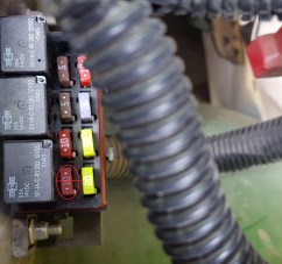 825i fuse box wiring diagram center 2015 825i fuel pump fuse blowing john deere gator forums [ 3264 x 1836 Pixel ]