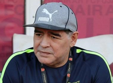 maradona allenatore gimnasia la plata superliga argentina