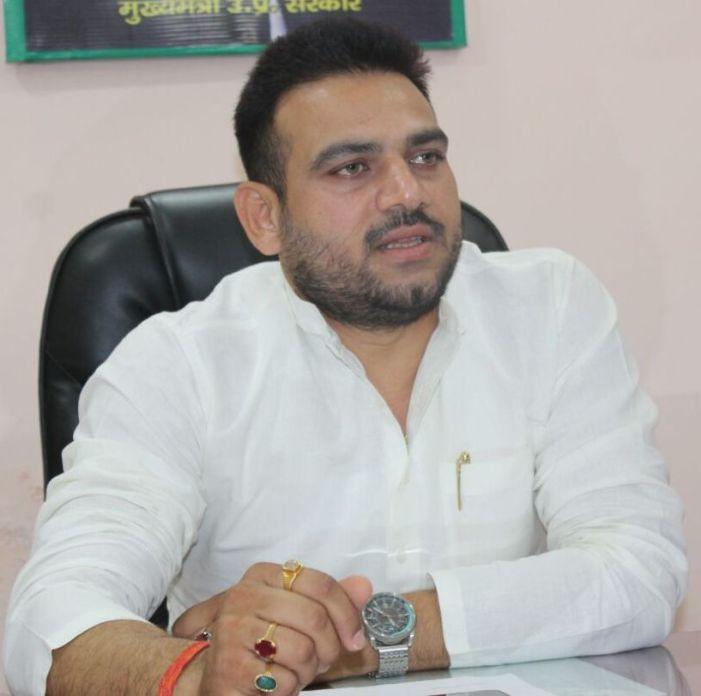 सपा की समीक्षा बैठक में भाग लें सभी कार्यकर्ता: ब्रजेश यादव