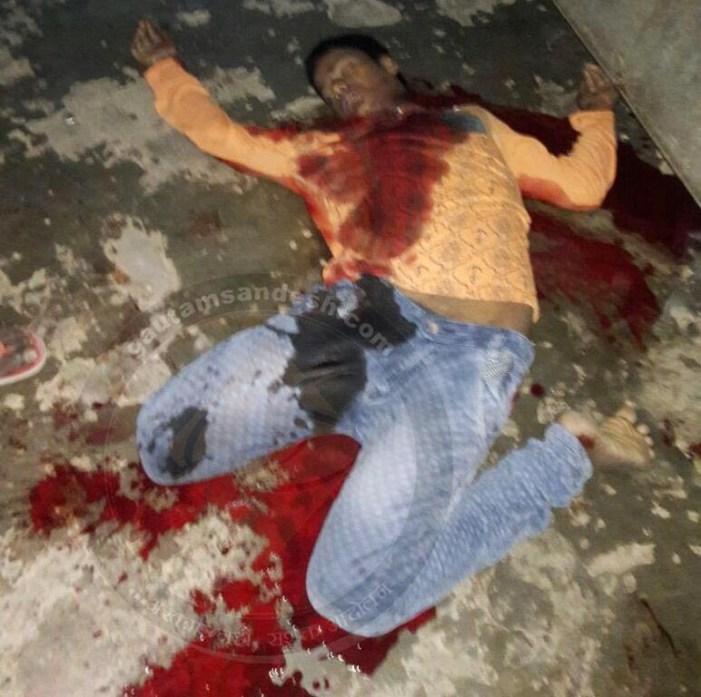 किशोर की घर के अंदर दिनदहाड़े हत्या, भाजपा नेता ने की पुलिस से वार्ता