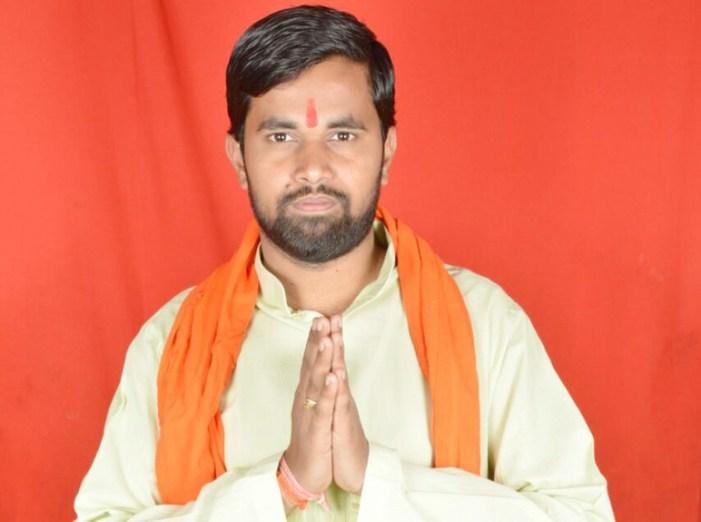 एसएसपी से शिकायत करने पर दीपेश को हिरासत में लिया, हंगामा