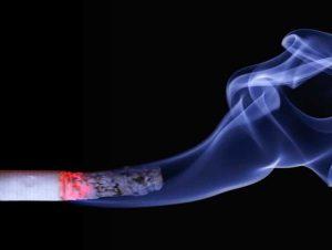 דלקת פרקים ניוונית עישון גורם סיכון