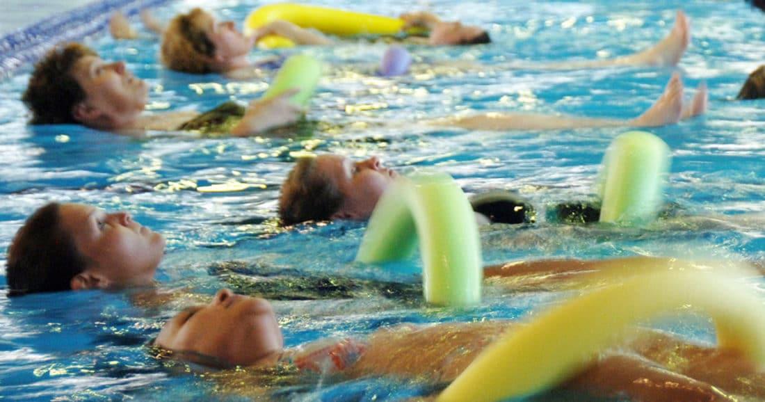 אימונים בבריכה לשיפור שיווי המשקל