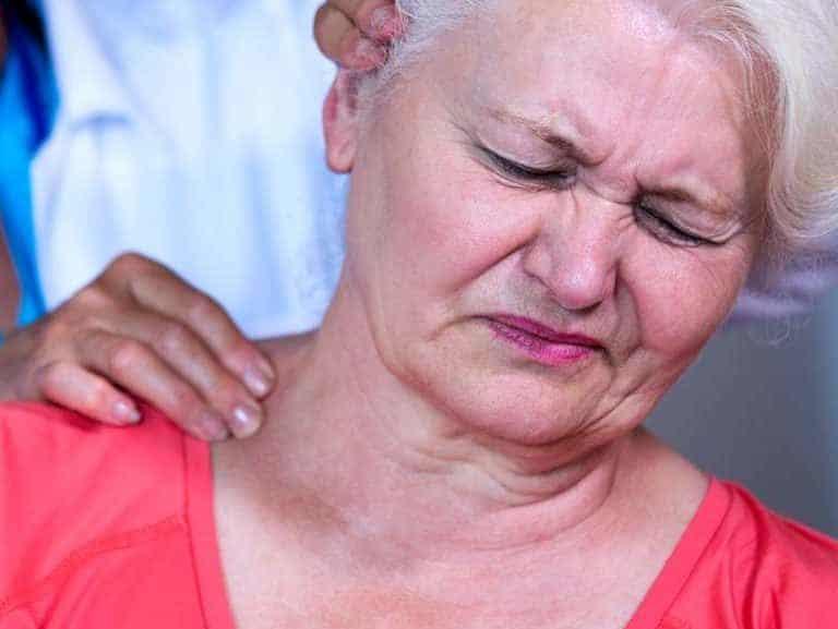 דלקת בצוואר: גורמים אבחון וטיפול
