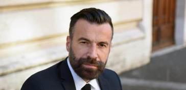 Alessandro Zan vs. Ostellari: 'dismetta la casacca di partito e sia figura super partes'