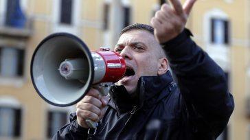I nuovi selvaggi: No Vax e fascisti sono diversi, ma la matrice è sempre e comunque politica