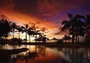 Night: Beautiful beachfront setting