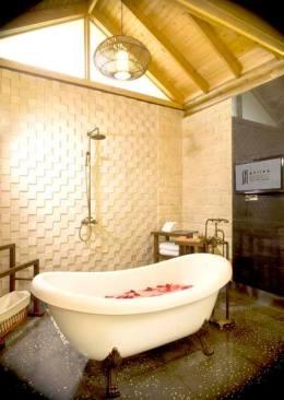 Philea Suite - Bathroom - Philea Resort and Spa,Ayer Keroh Melaka