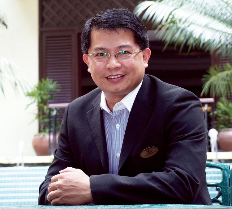 Simon Yong -General Manager Palm Garden Hotel ioi resort city