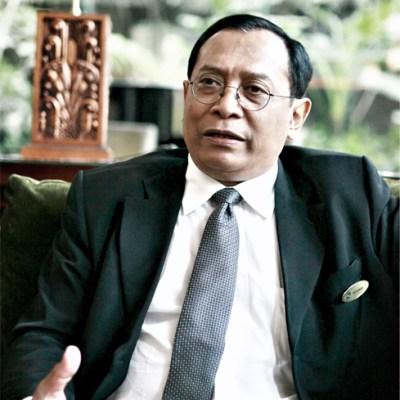 Handrio Utomo - General Manager of Grand Royal Panghegar