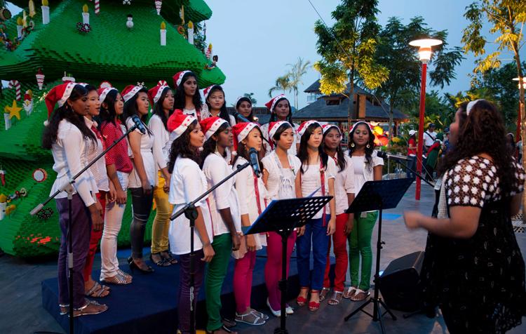 Calvary Teenage Girl's Home performing at LEGOLAND Malaysia