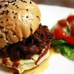 Messy Pulled Beef Burger: