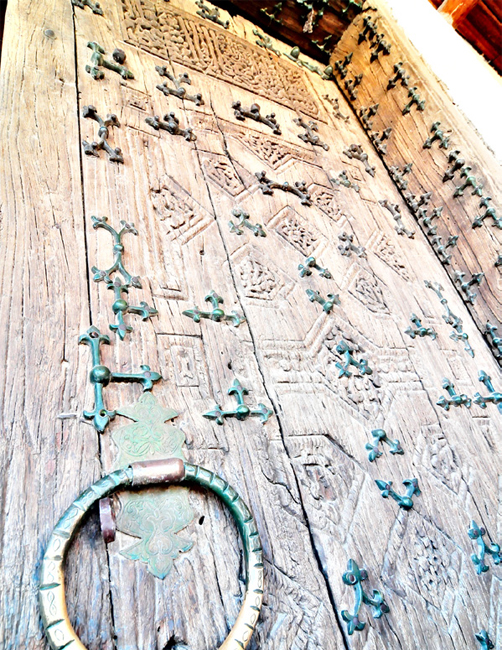 Unique engravings that can be found on old doors in Khiva