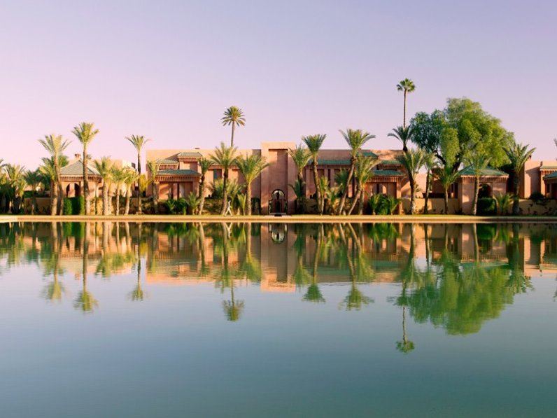 Amanjena's 32 Pavilions, 6 Maisons and the Al Hamra Maison radiate from the ancient bassin (irrigation pool) which lies at the heart of the resort.