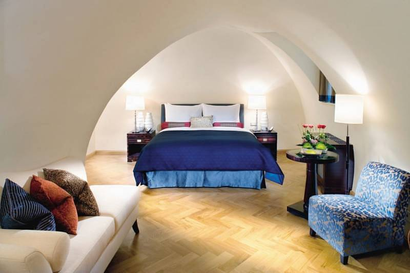 Mandarin Oriental, Prague - Oriental Suite Bedroom