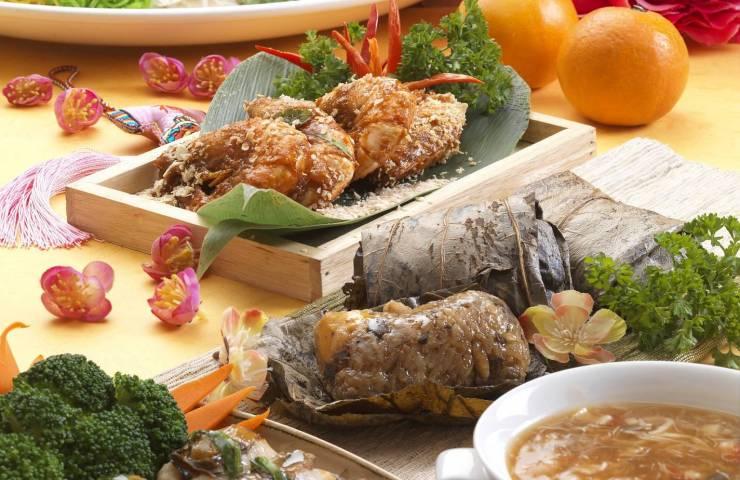 Samplings from the World of Abundance spread at Cinnamon Coffee House, One World Hotel Petaling Jaya