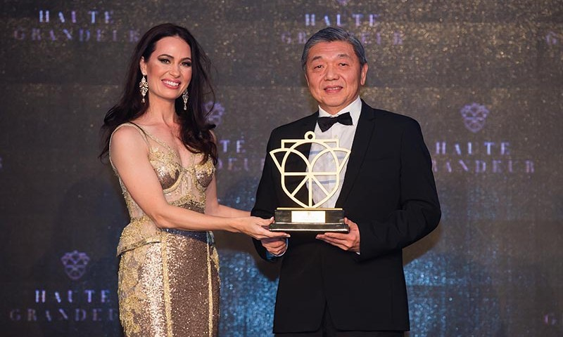 One World Hotel Grabs Award at the 23rd World Travel Awards Asia & Australia 2016 and the Haute Grandeur Global Hotel Awards